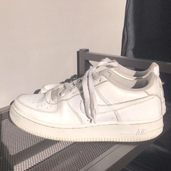 White Nike 1 Air Forces